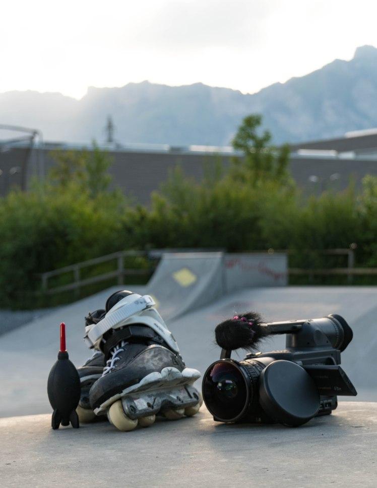 skates-camera-hoch