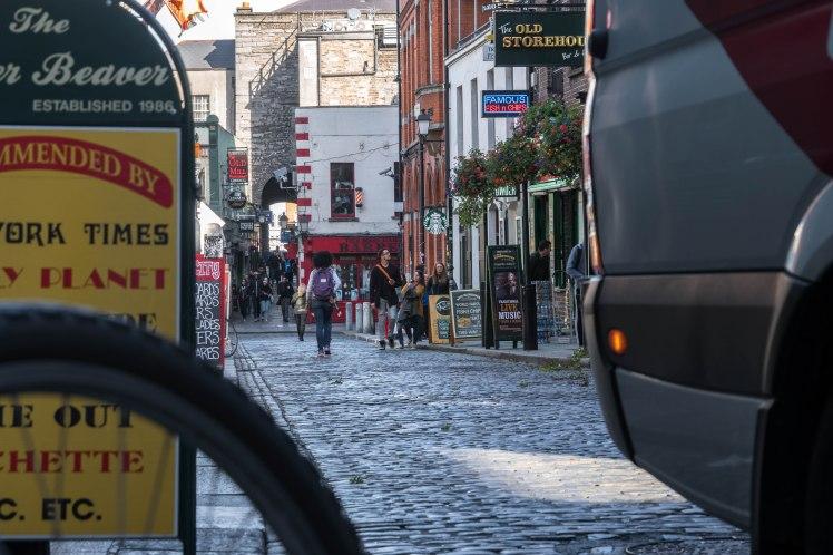 dublin-tourist-street