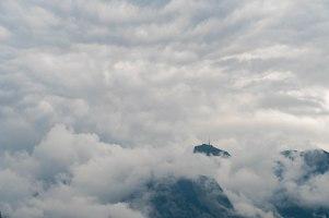oberau-berg-wolken