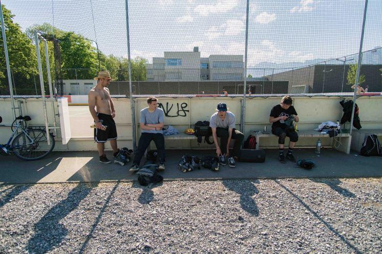 crew-oberau-sitting
